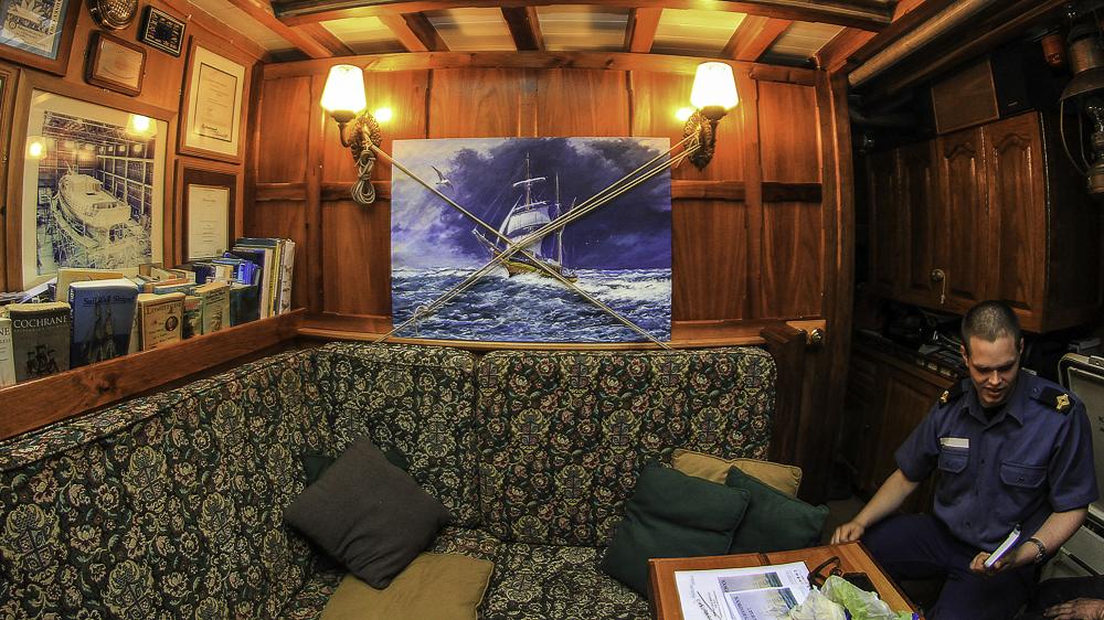 Windeward Bound Lounge