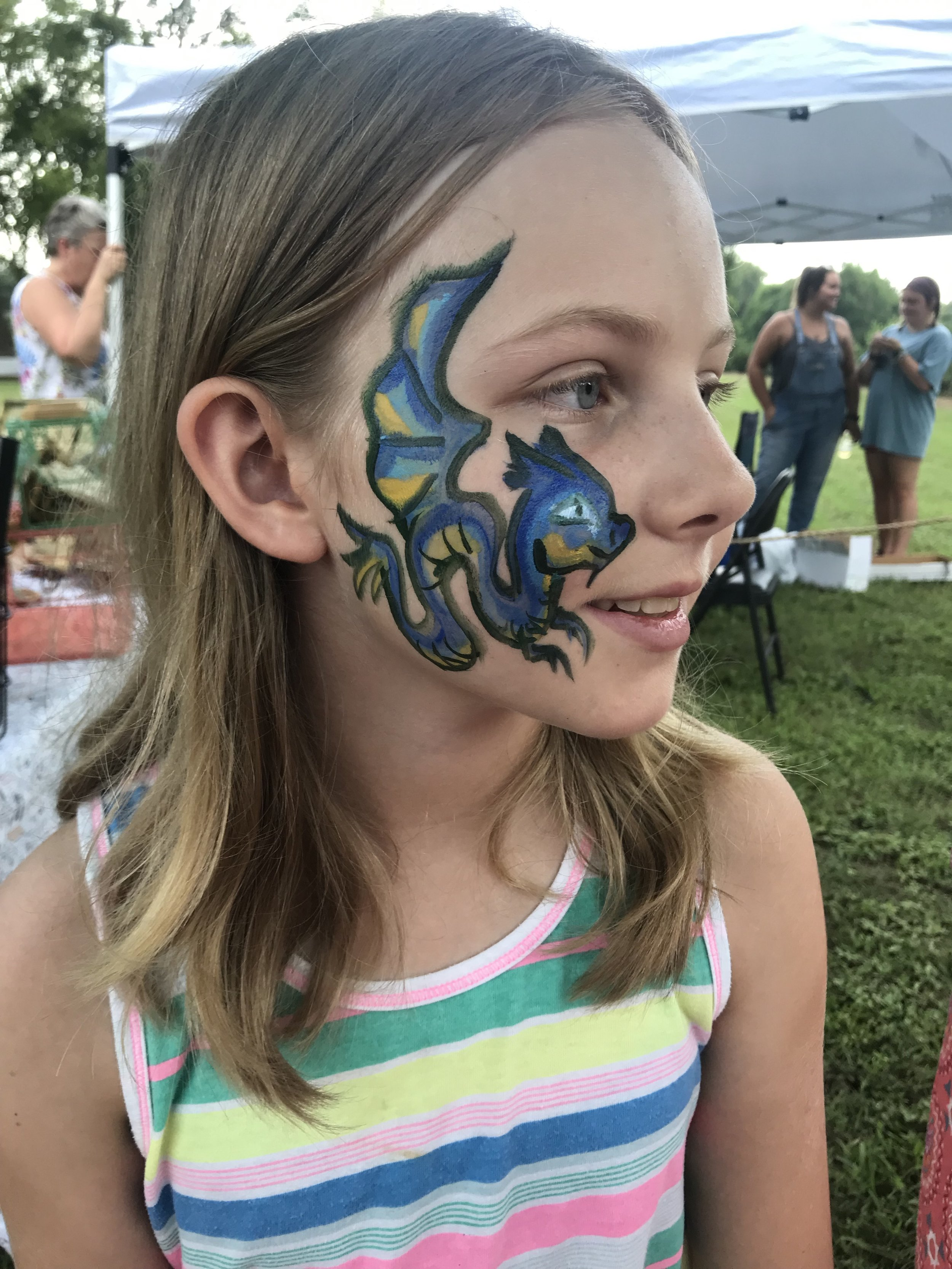 Medium Events - 50-100 kidscan paint 20 kids/hour$40/hr includes:1 professional face painter1 personal assistanthigh quality face paint and suppliestables and chairsbright blue event tent if needed*$25 travel fee if event is outside of Macon within 100miles2hr minimum