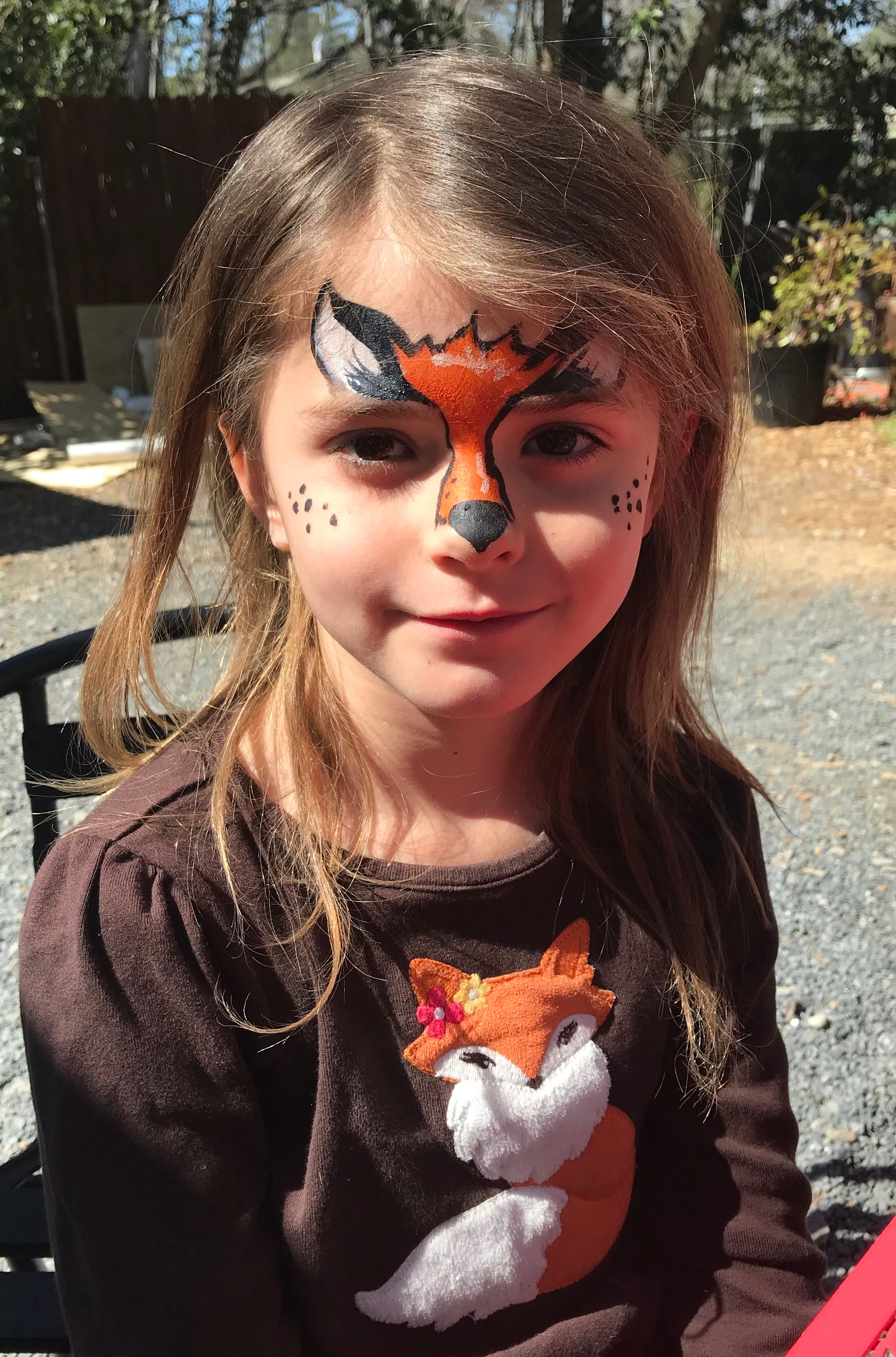 Large Event - 100+kidscan paint 40 kids/hr$70/hr includes:2 professional face painters1 personal assistanthigh quality face paint and suppliestable and chairsbright blue event tent if needed*$25 travel fee if event is outside of Macon within 100miles2hr minimum