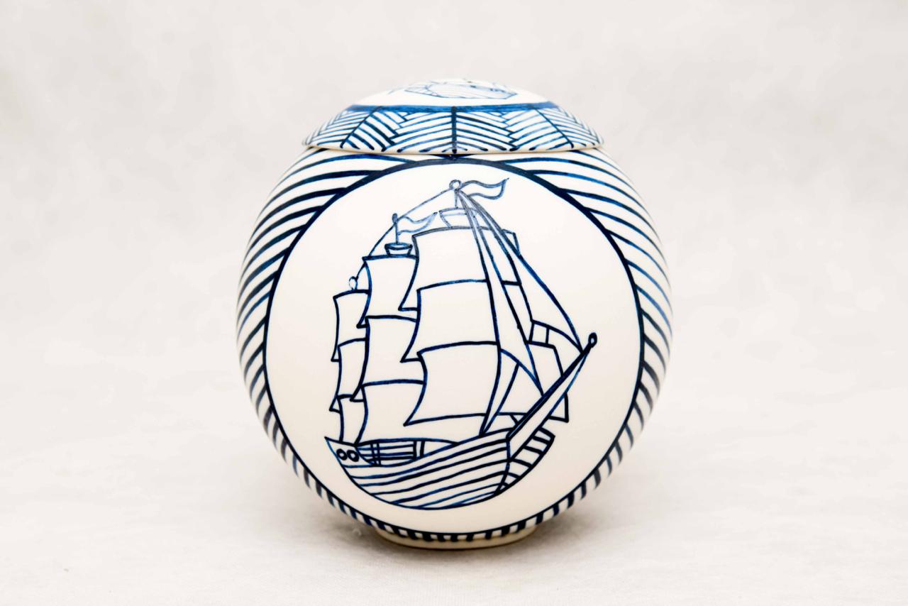 AshleyFiona+-+Sailing+ship+design,+medium+Ashkeeper.jpg