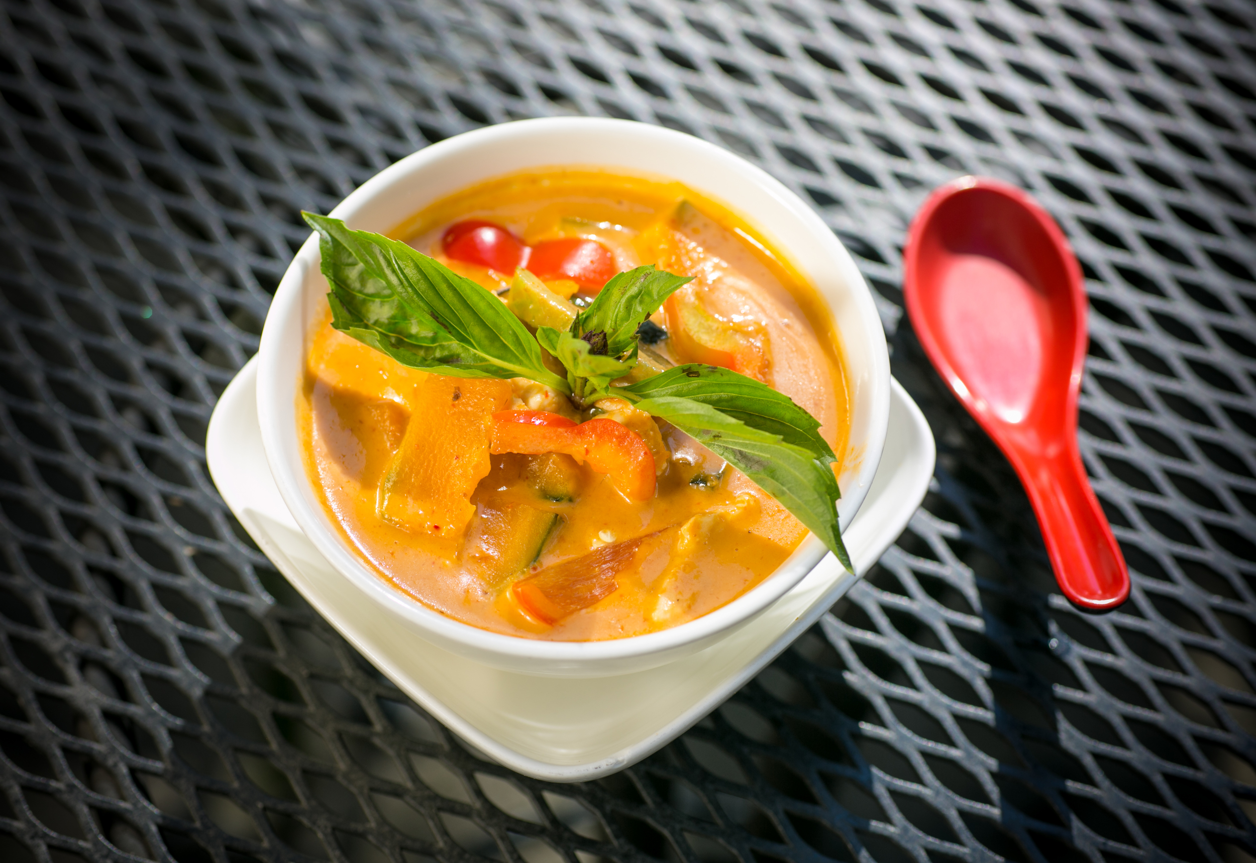 RED CURRY: