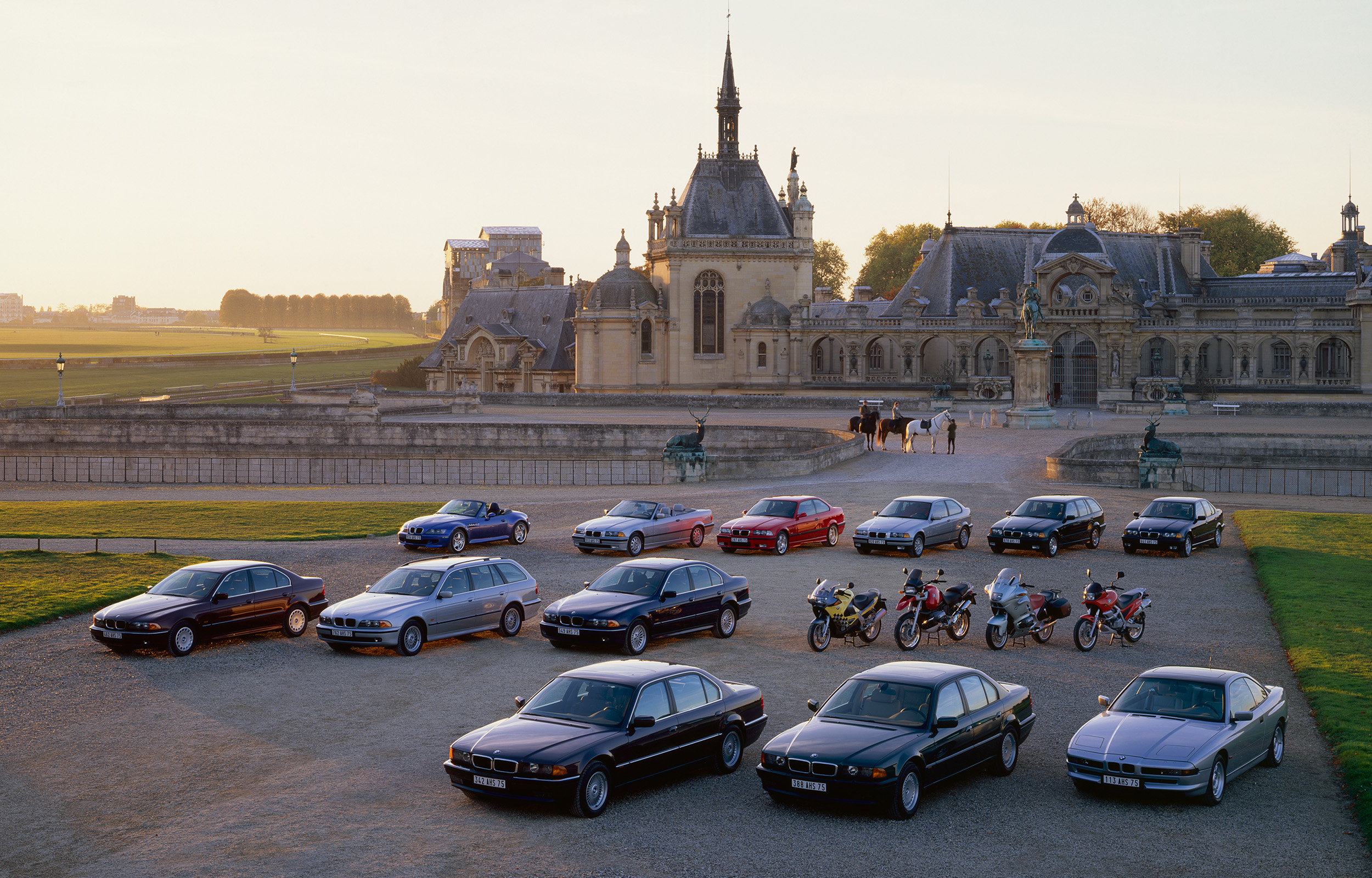 BMW Cars at Chantilly  BMW Annual Report 1997