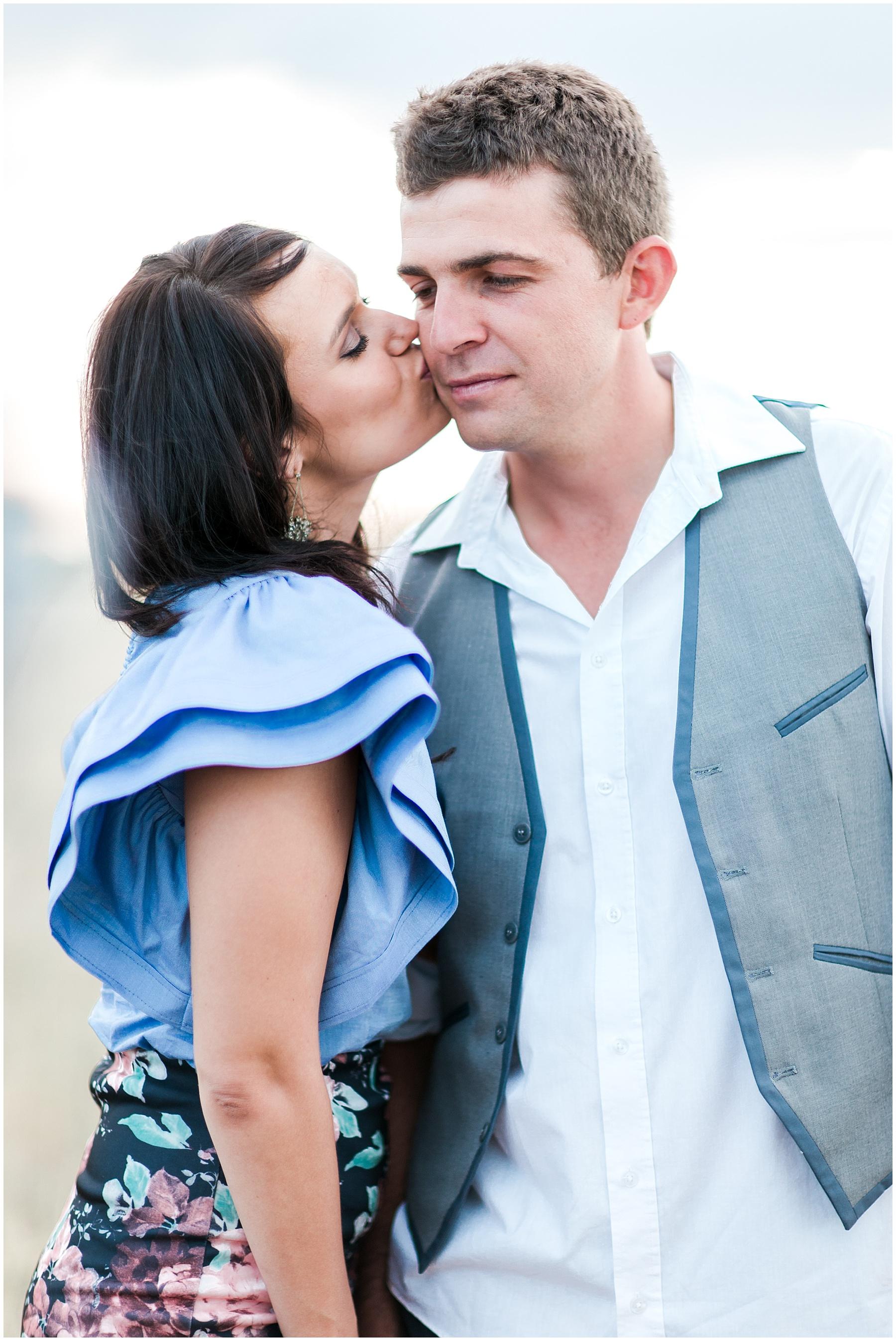 AliciaLandman_JoleneandZander_Wedding_The Pretty Blog_0387.jpg