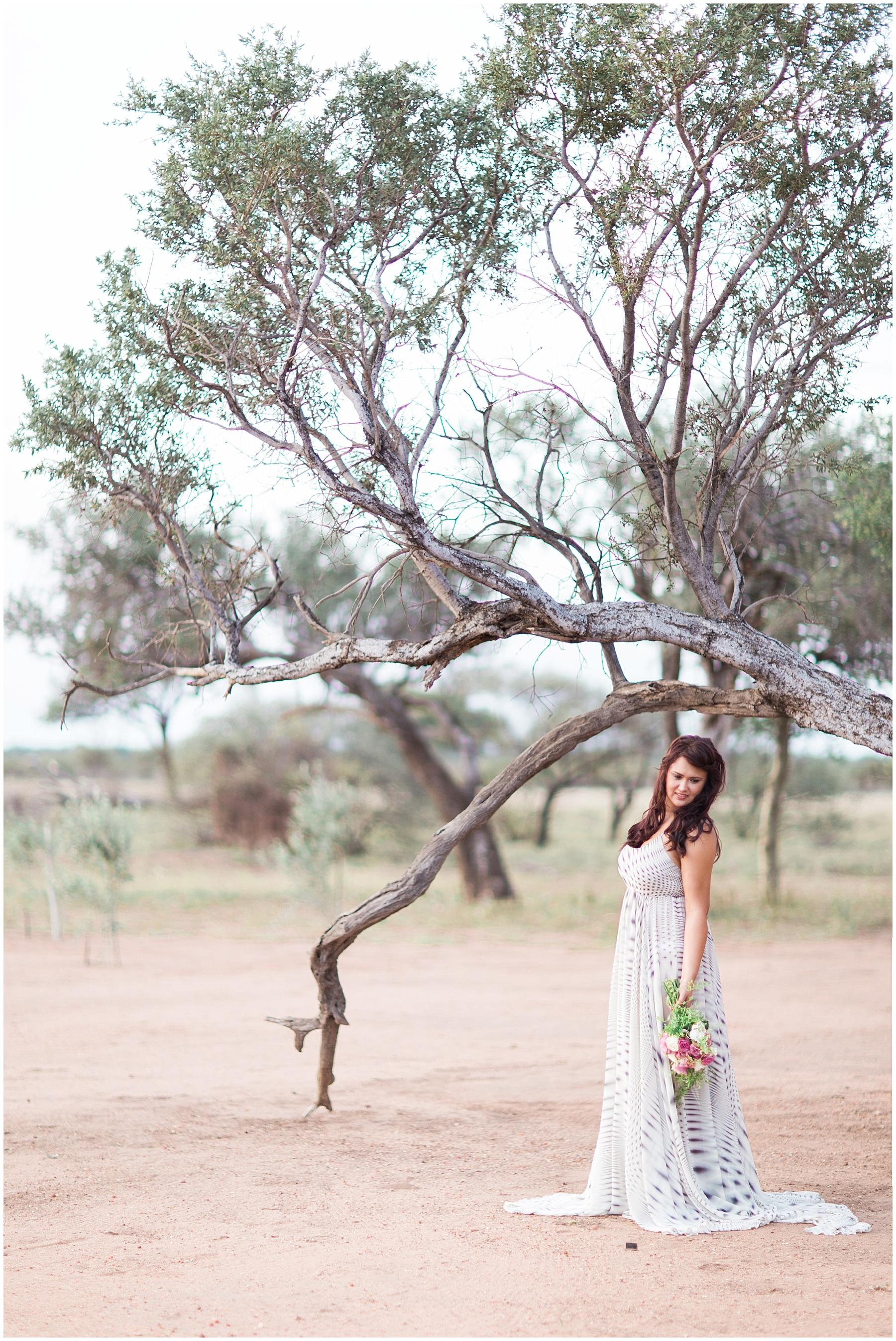 AliciaLandman_JoleneandZander_Wedding_The Pretty Blog_0410.jpg