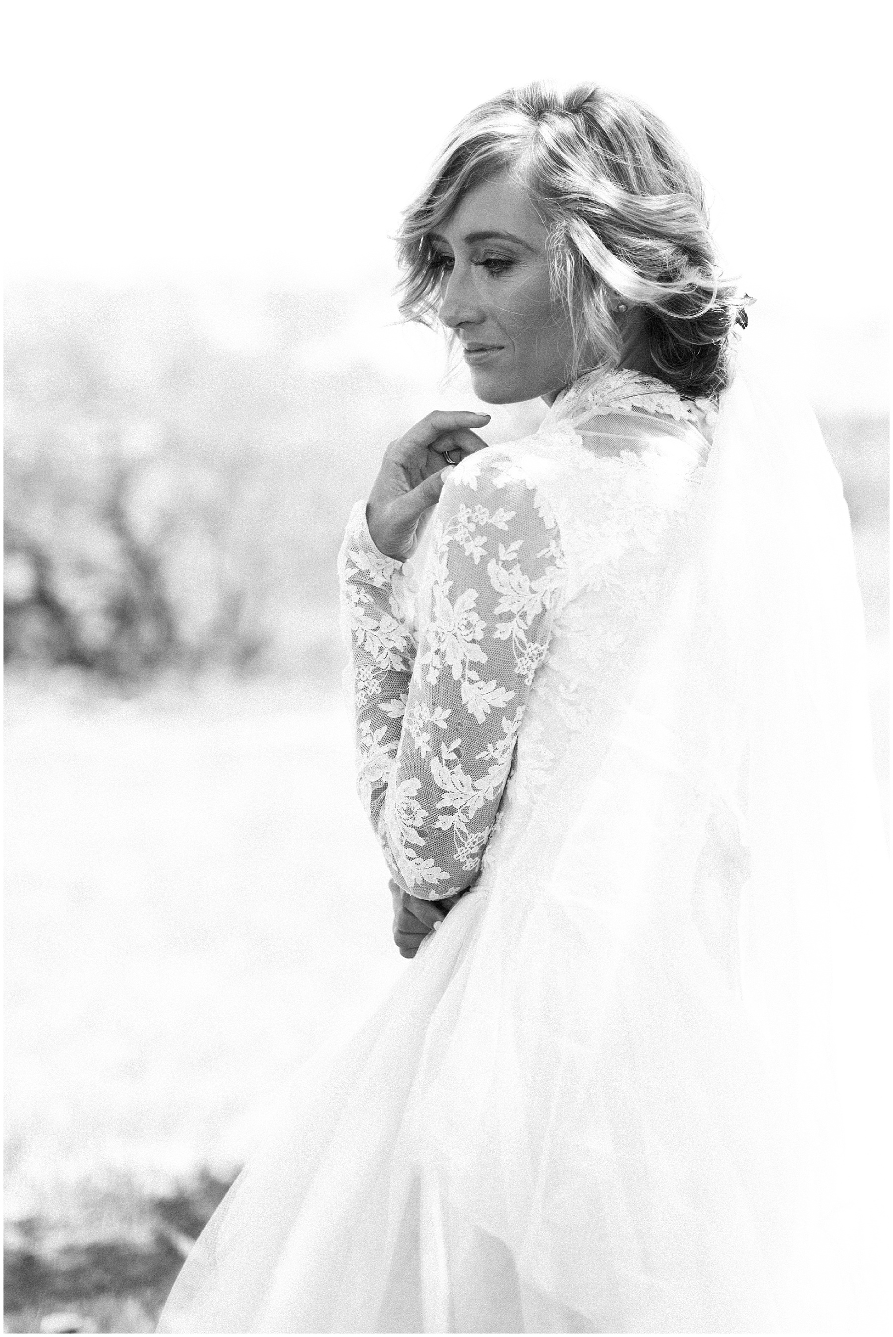 AliciaLandman_JoleneandZander_Wedding_The Pretty Blog_0439.jpg