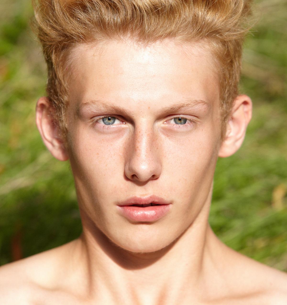 SAM-WALKER-Select-Models-Melissa-Uren-Photography-Look-20145-final-web.jpg
