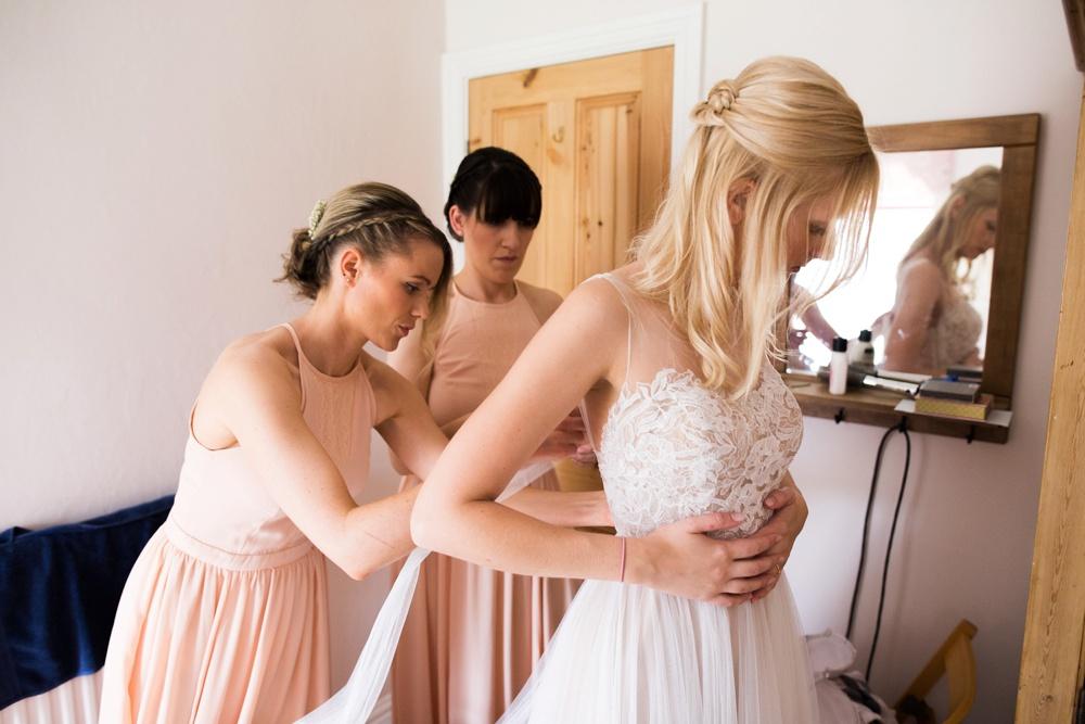north-yorkshire-wedding-photographer-tipi-wedding-0020.jpg
