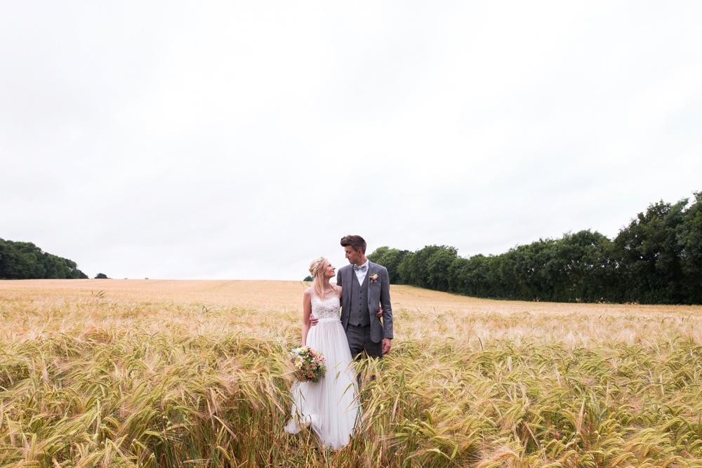 north-yorkshire-wedding-photographer-tipi-wedding-0041.jpg