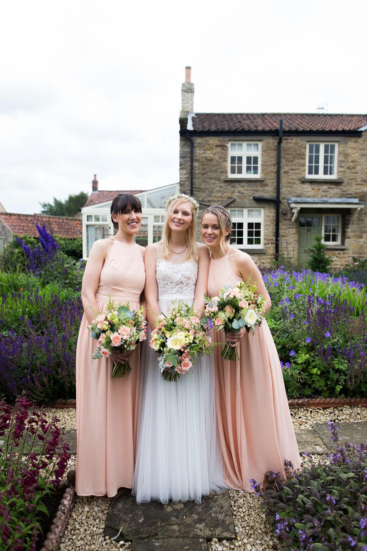 north-yorkshire-wedding-photographer-tipi-wedding-0052.jpg