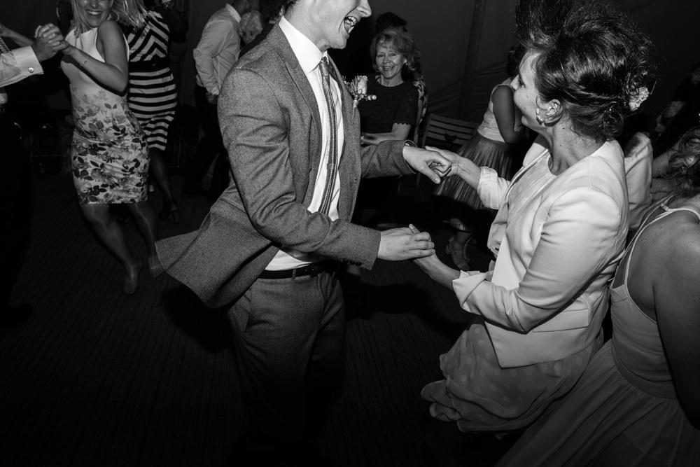 north-yorkshire-wedding-photographer-tipi-wedding-0082.jpg