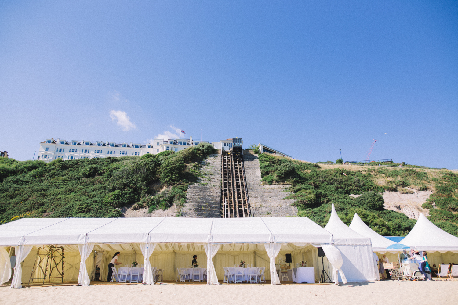bournemouth-beach-marquee-wedding-photography