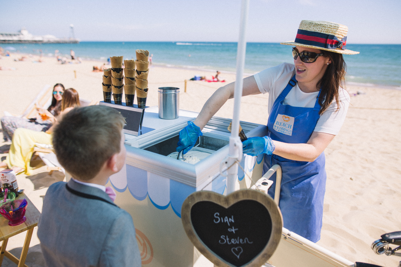 bournemouth-beach-wedding-photographer-seaside-disney-0048.jpg