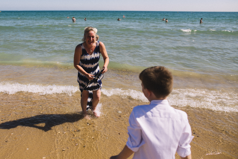 bournemouth-beach-wedding-photographer-seaside-disney-0058.jpg