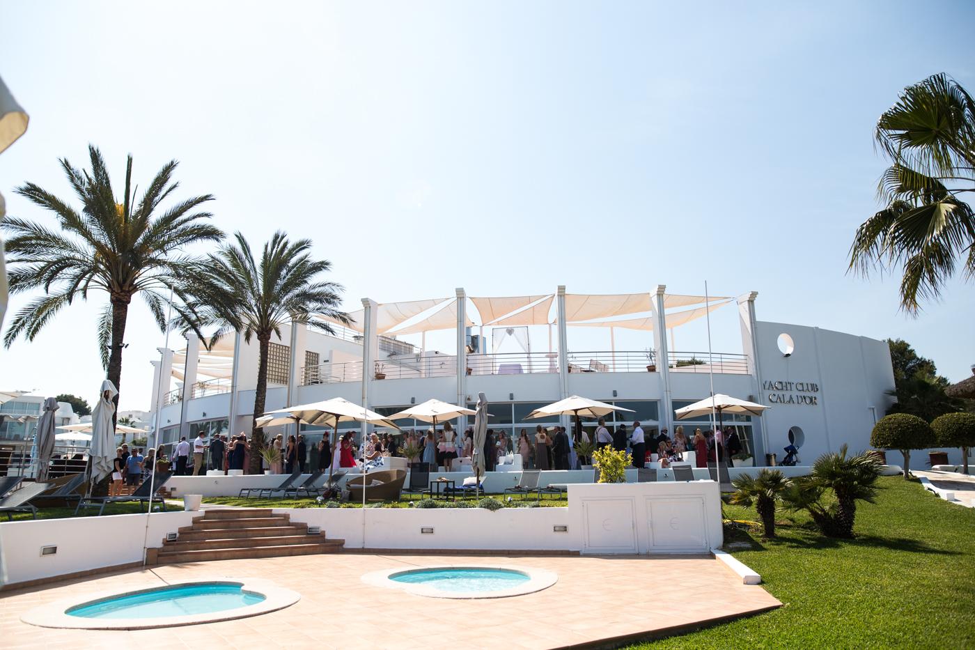 Majorca-destination-wedding-photographer-0029.jpg