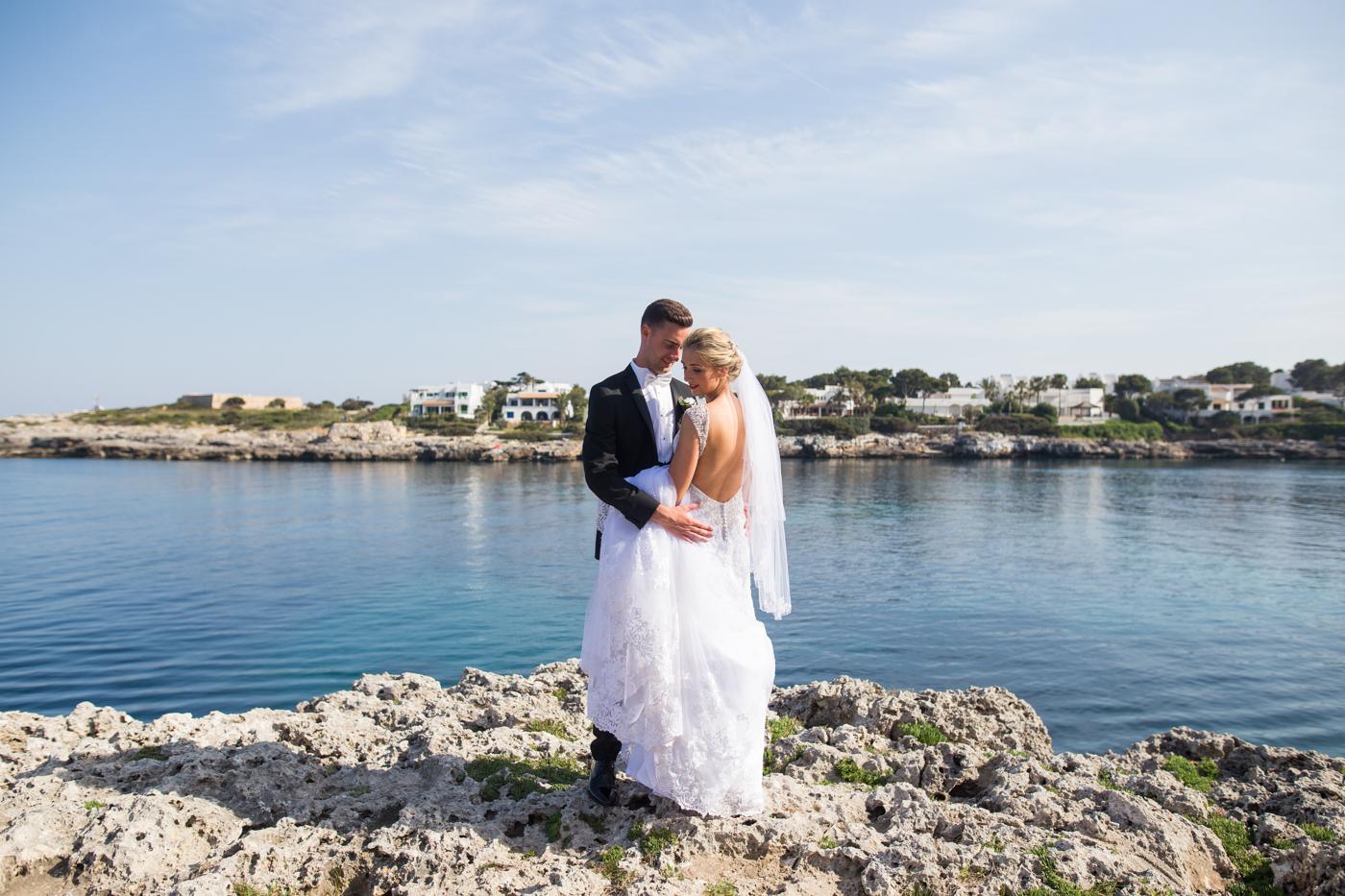 Majorca-destination-wedding-photographer-0035.jpg