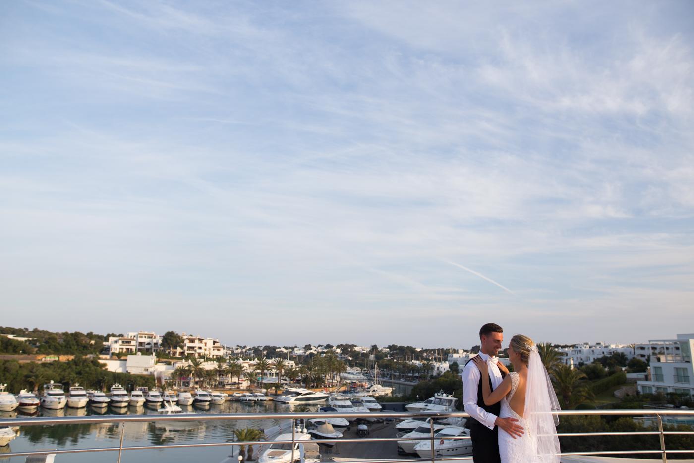 Majorca-destination-wedding-photographer-0044.jpg