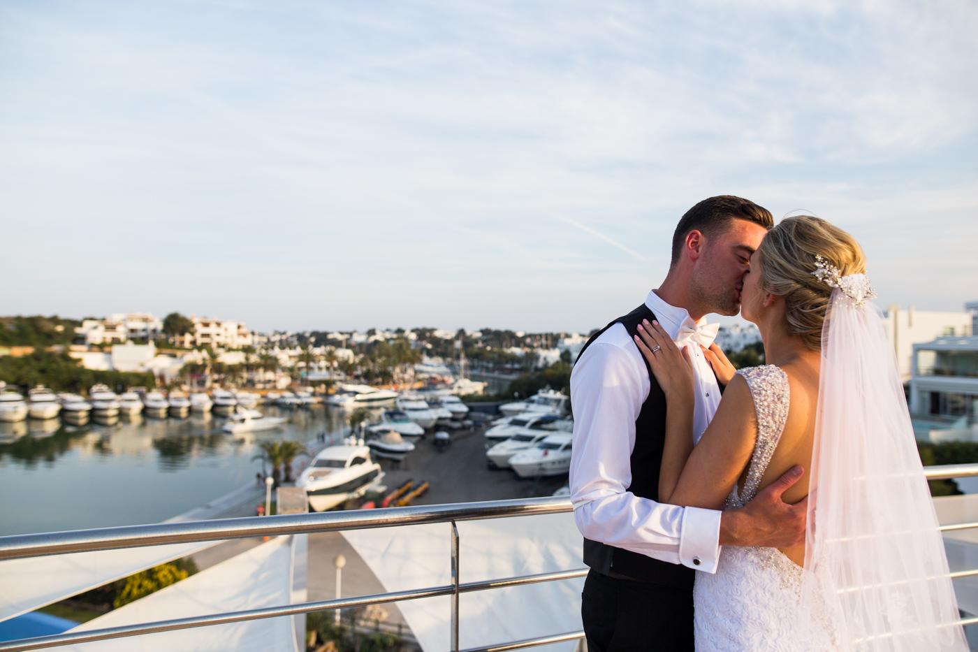 Majorca-destination-wedding-photographer-0045.jpg