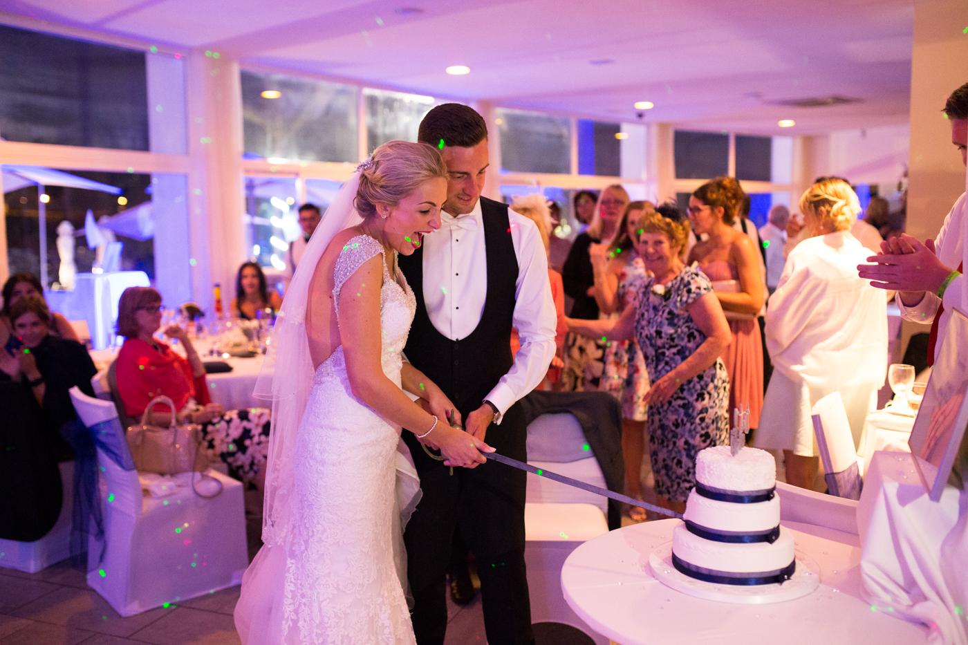 Majorca-destination-wedding-photographer-0047.jpg