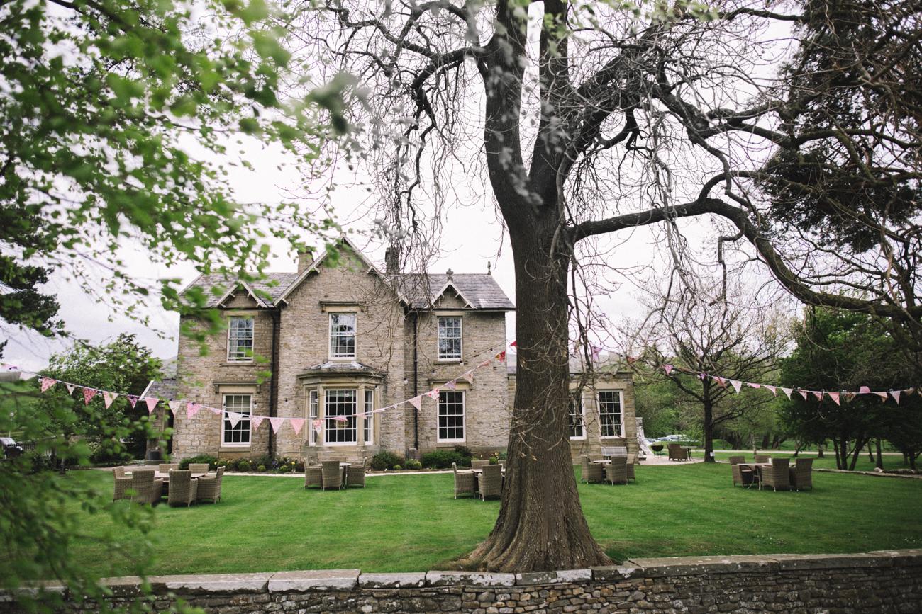 yorkshire-yorebridge-house-wedding-0007.jpg