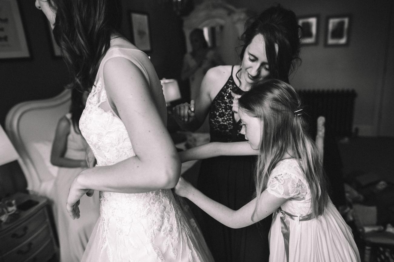 yorkshire-yorebridge-house-wedding-0011.jpg