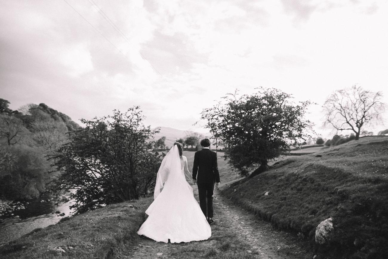yorkshire-yorebridge-house-wedding-0029.jpg