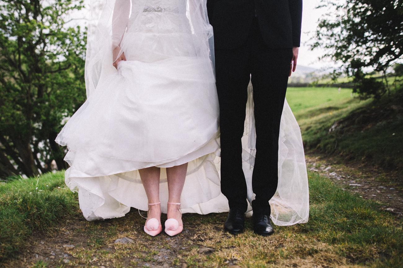 yorkshire-yorebridge-house-wedding-0034.jpg