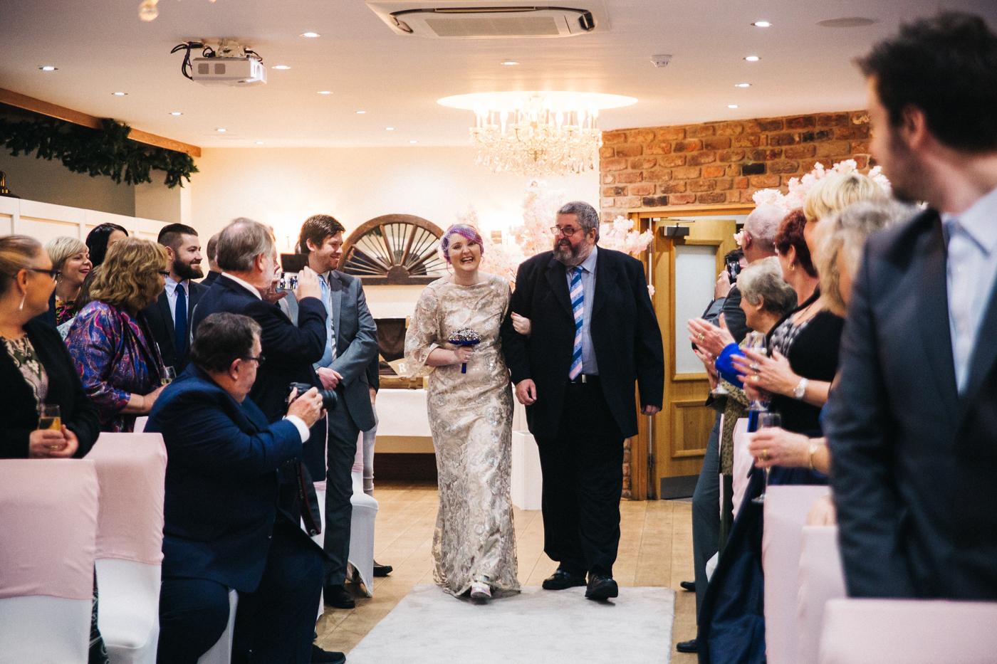 derby-derbyshire-wedding-photographer-creative-white-hart-inn-wedding-0018.jpg