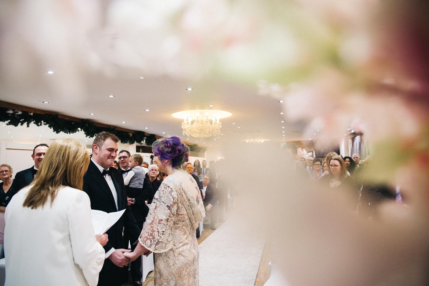 derby-derbyshire-wedding-photographer-creative-white-hart-inn-wedding-0020.jpg