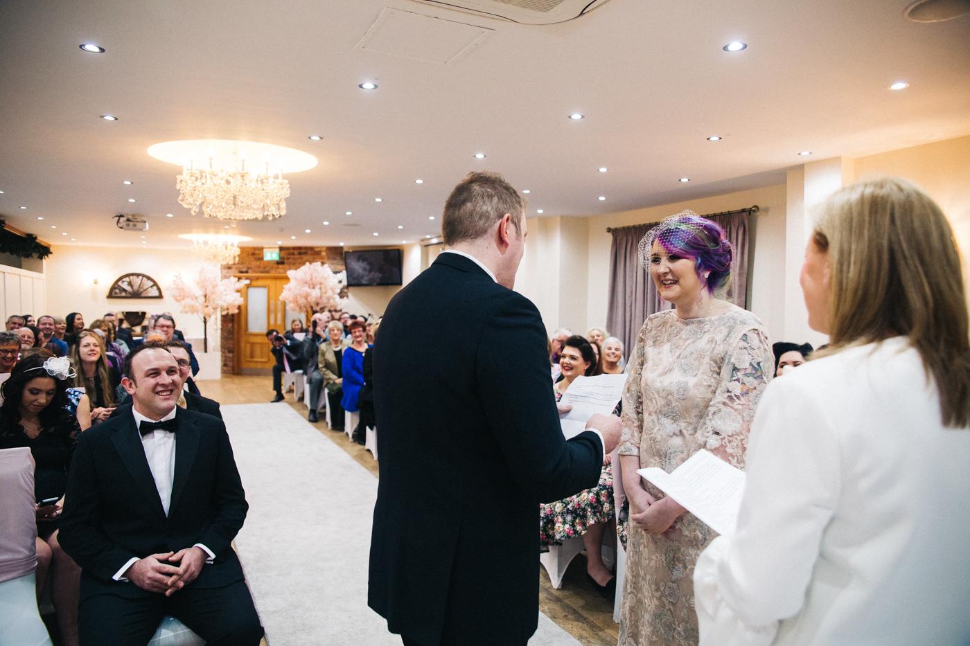 derby-derbyshire-wedding-photographer-creative-white-hart-inn-wedding-0021.jpg