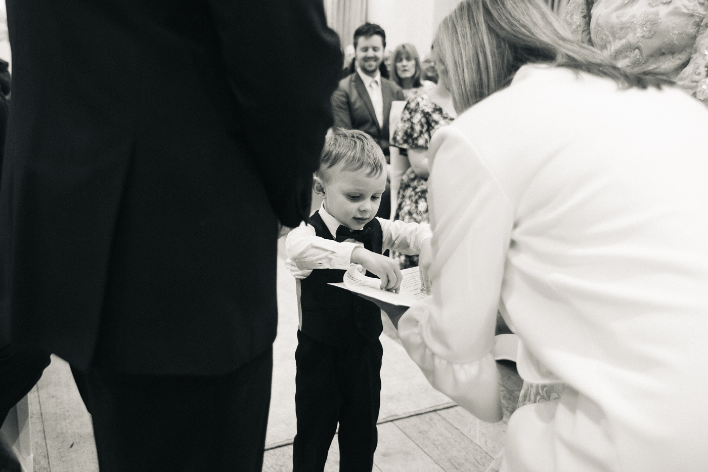 derby-derbyshire-wedding-photographer-creative-white-hart-inn-wedding-0022.jpg