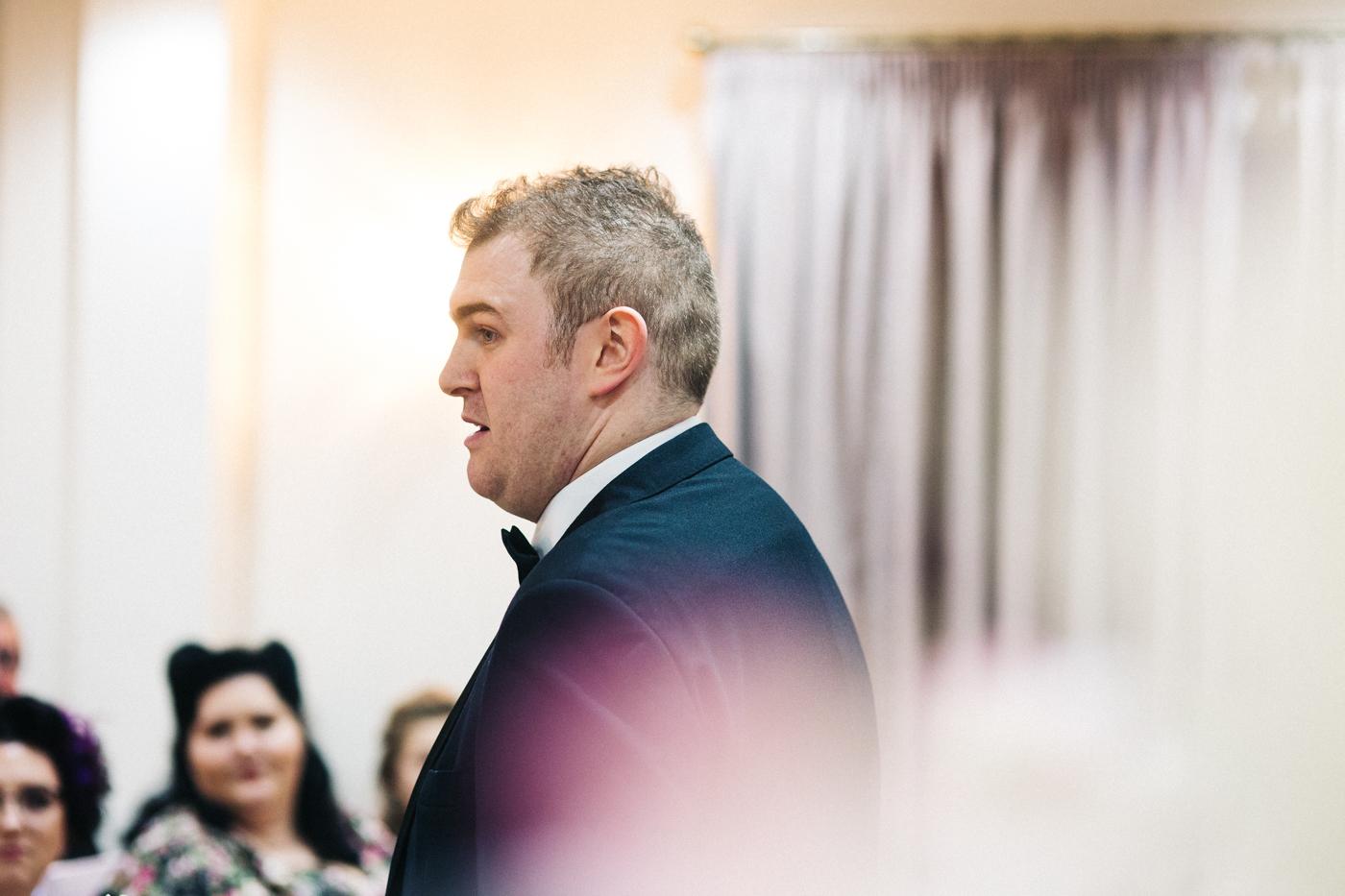 derby-derbyshire-wedding-photographer-creative-white-hart-inn-wedding-0026.jpg
