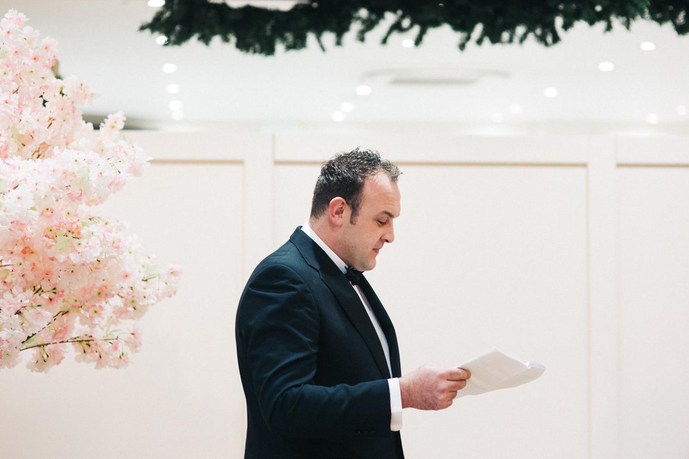 derby-derbyshire-wedding-photographer-creative-white-hart-inn-wedding-0030.jpg