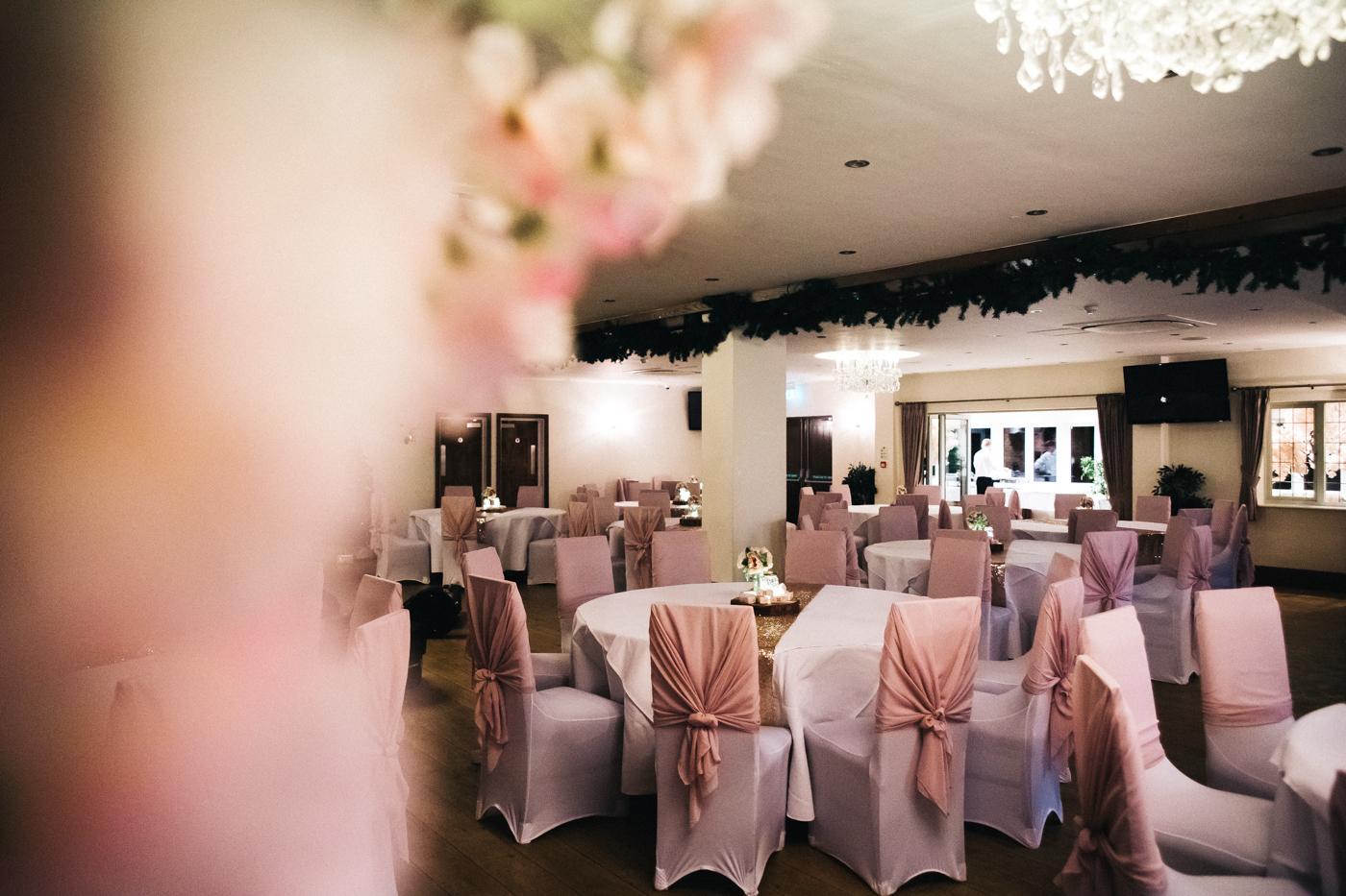 derby-derbyshire-wedding-photographer-creative-white-hart-inn-wedding-0033.jpg