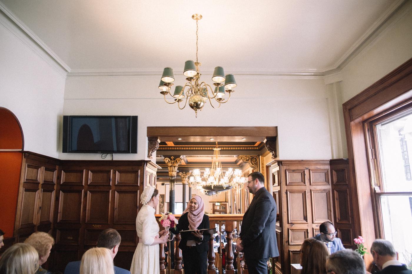 knights-templar-london-city-centre-wedding-photographer-charing-cross-creative-0024.jpg