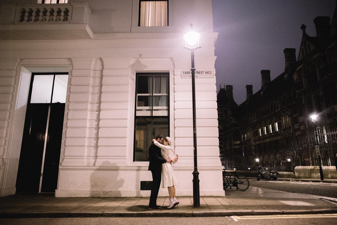 knights-templar-london-city-centre-wedding-photographer-charing-cross-creative-0035.jpg