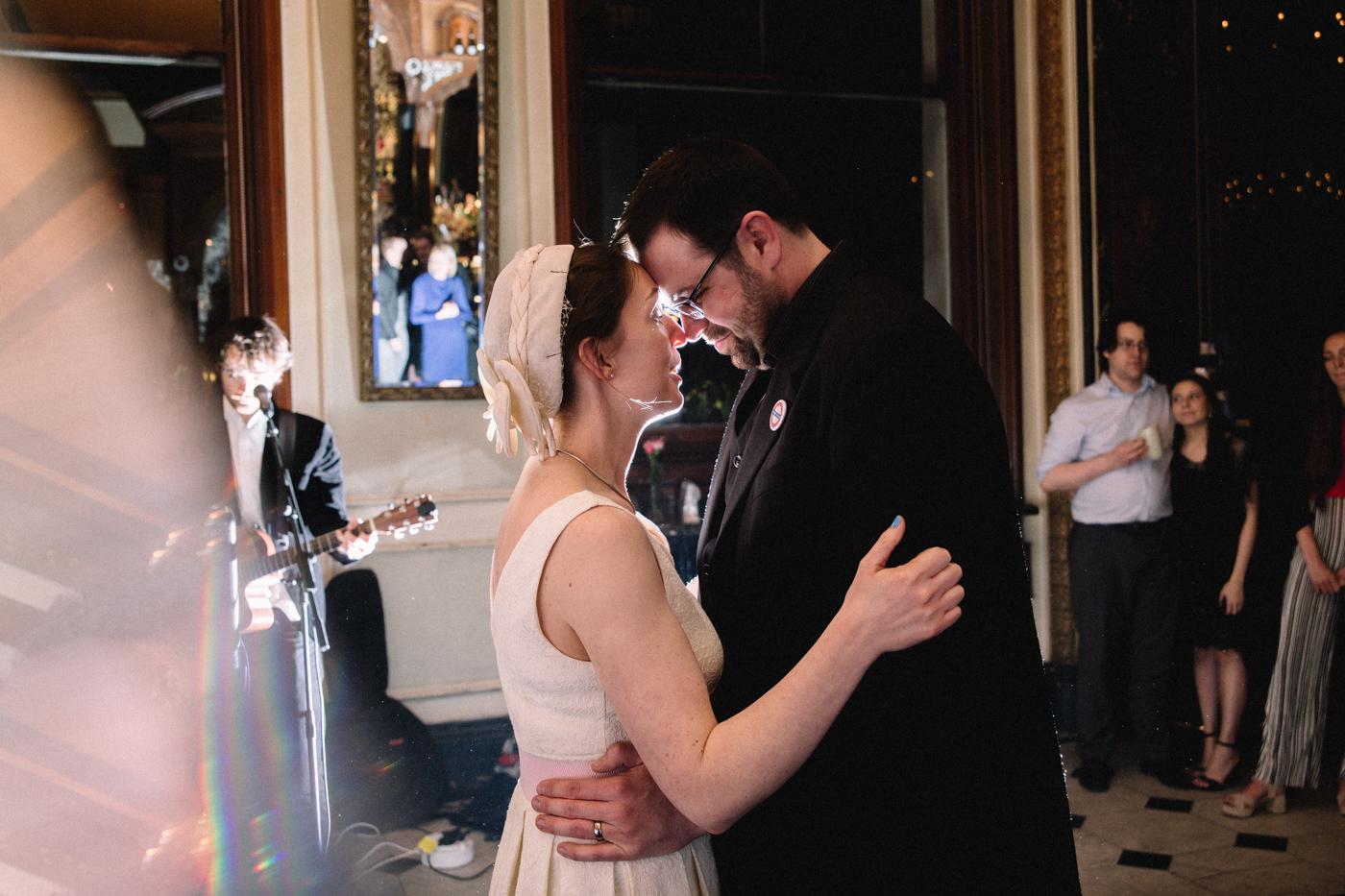 knights-templar-london-city-centre-wedding-photographer-charing-cross-creative-0041.jpg