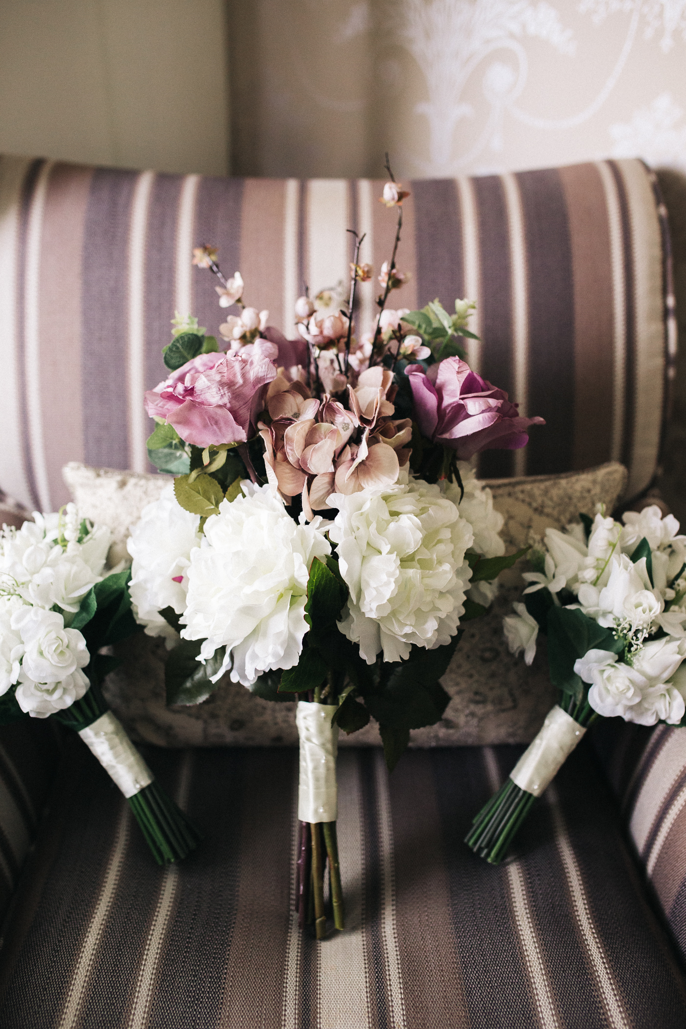white and purple wedding bouquets. relaxed teesside middlesbrough wedding photographer, wedding at home
