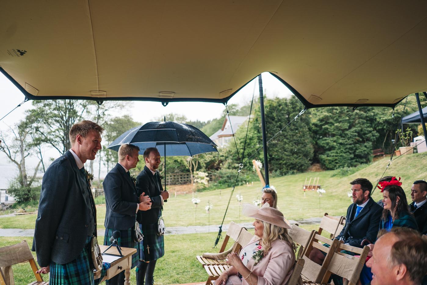 scottish-wedding-trossachs-loch-tay-highlannds-relaxed-photography-photographer-0014.jpg