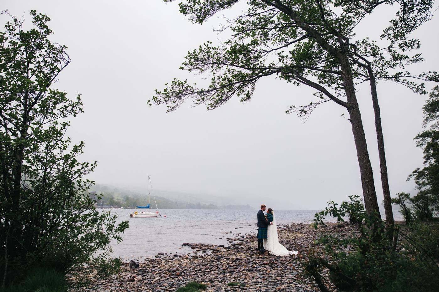 scottish-wedding-trossachs-loch-tay-highlannds-relaxed-photography-photographer-0029.jpg