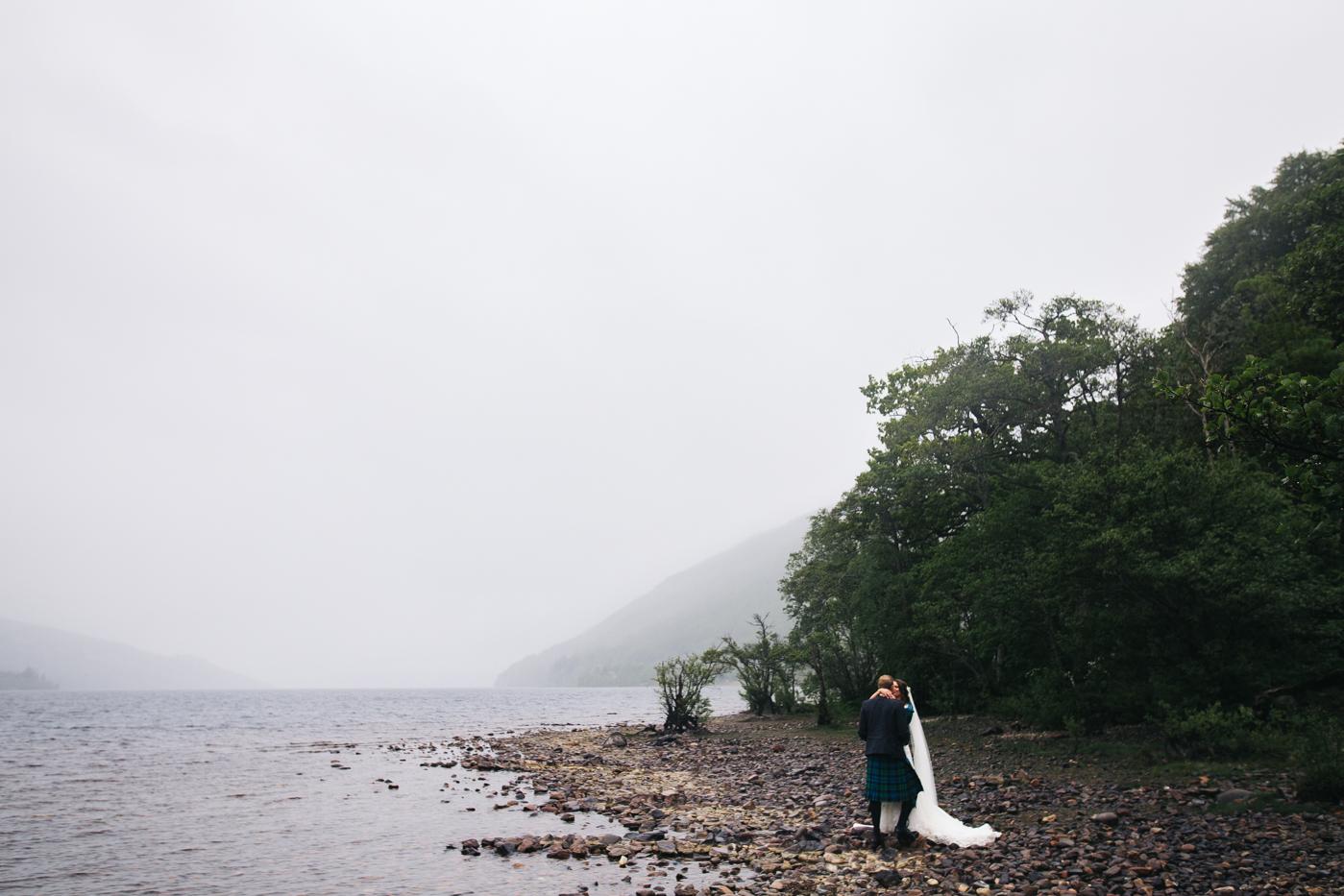 scottish-wedding-trossachs-loch-tay-highlannds-relaxed-photography-photographer-0030.jpg