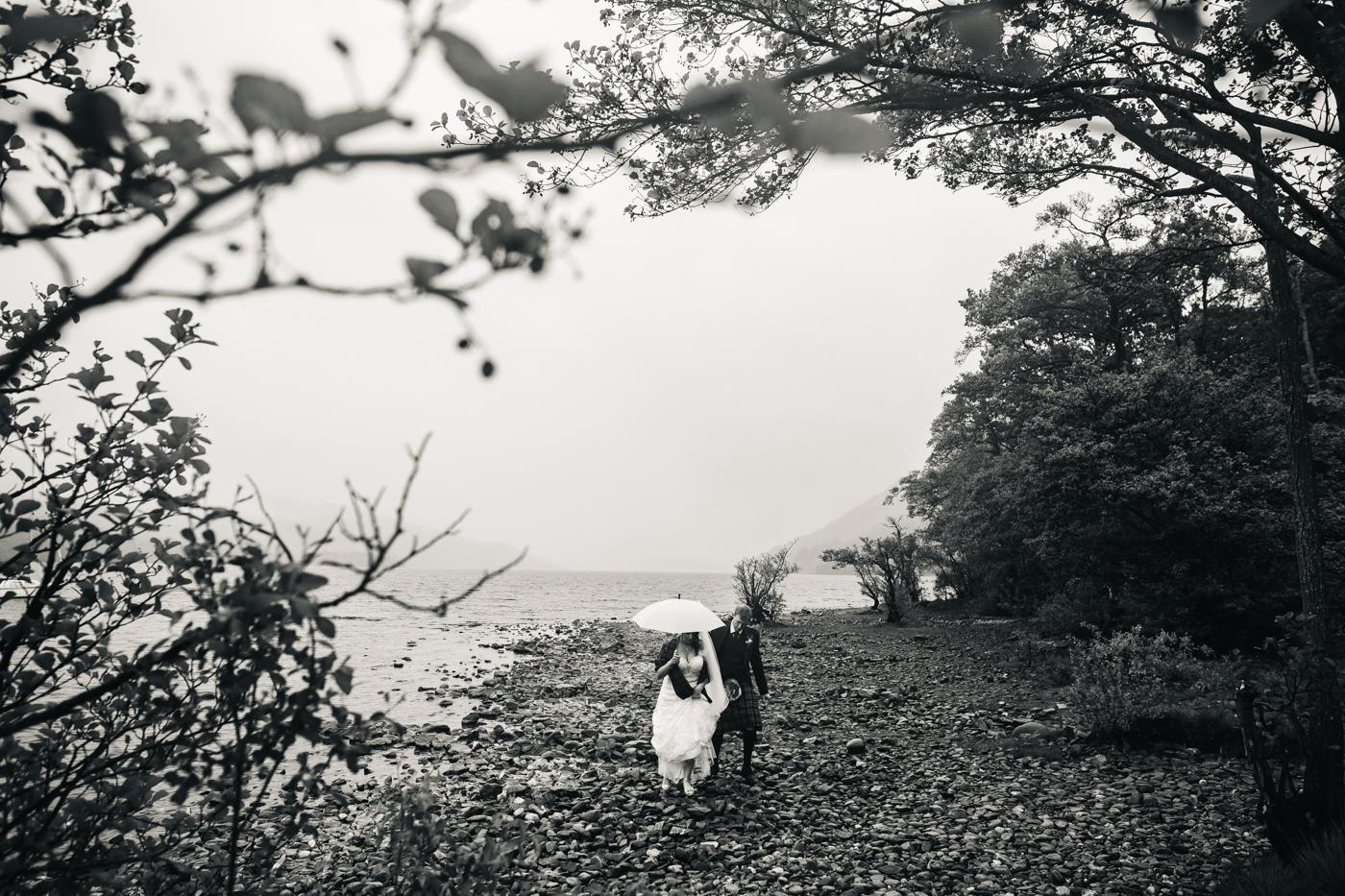 scottish-wedding-trossachs-loch-tay-highlannds-relaxed-photography-photographer-0031.jpg