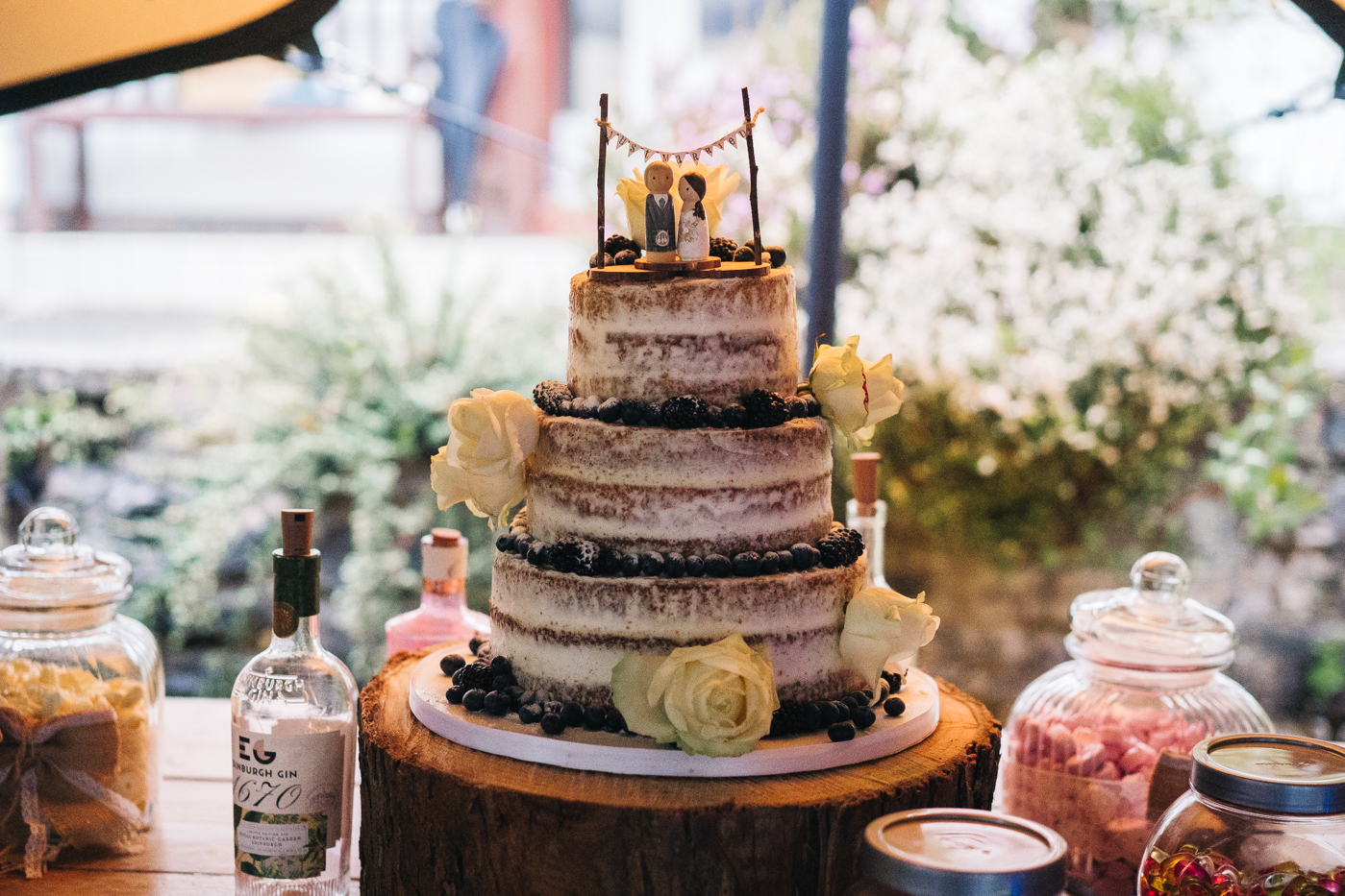 scottish-wedding-trossachs-loch-tay-highlannds-relaxed-photography-photographer-0047.jpg