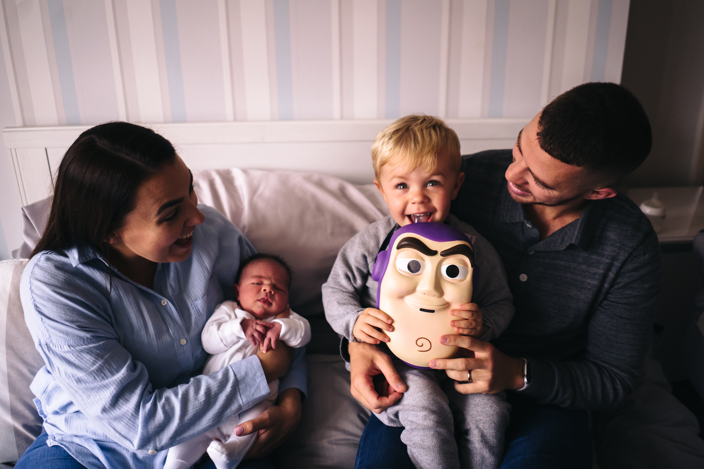 family-newborn-maternity-shoot-photography-at-home-teesside-middlesbrough-stockton-north-yorshire-photographer-0019.jpg