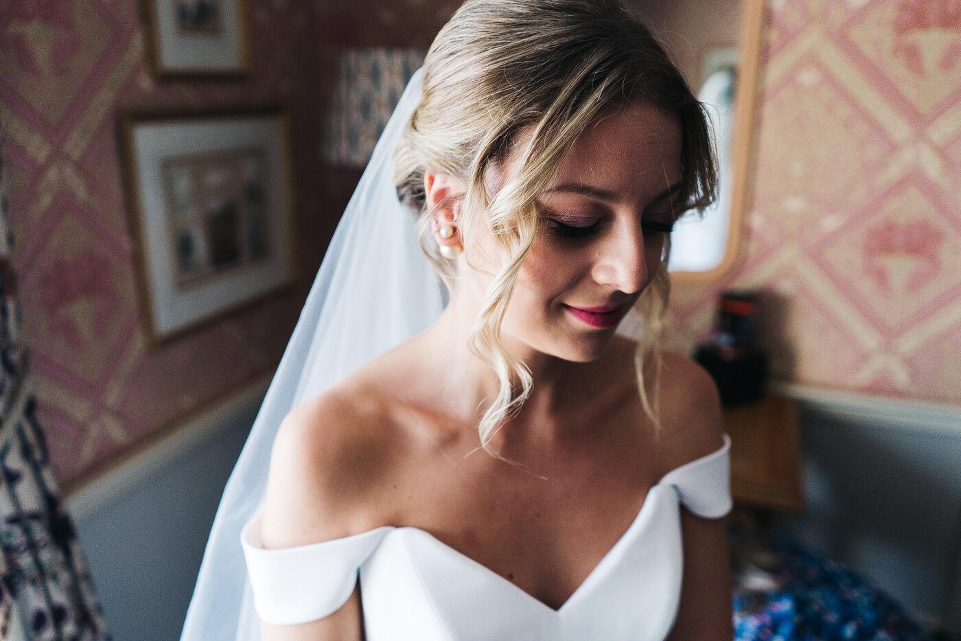 tithe-barn-bolton-abbey-north-yorkshire-cripps-wedding-photographer-creative-0012.jpg