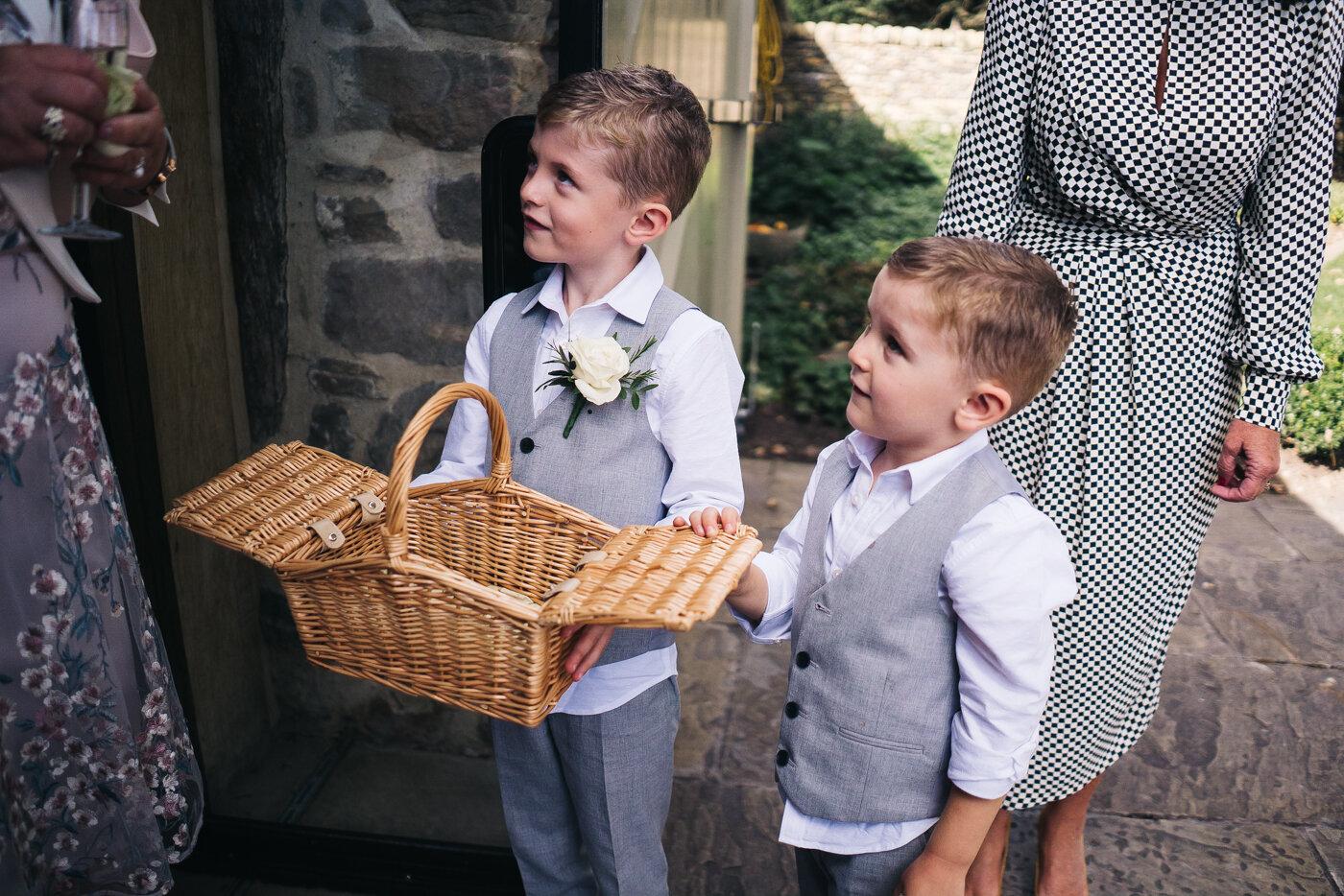 tithe-barn-bolton-abbey-north-yorkshire-cripps-wedding-photographer-creative-0031.jpg