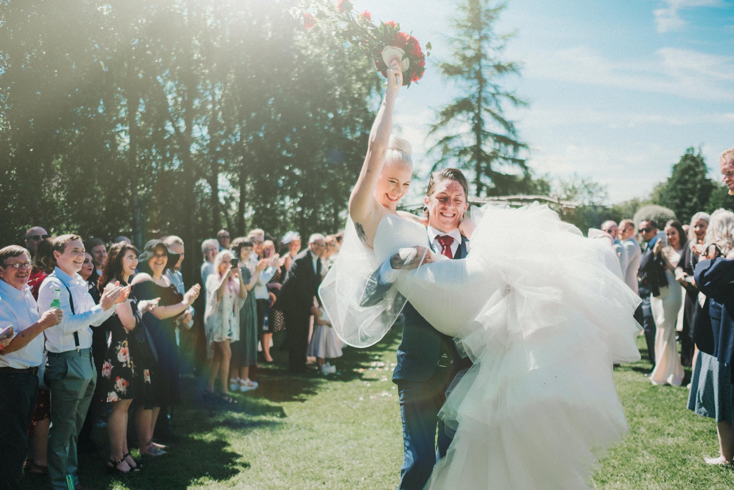 Nina & Zakk // DIY Backyard Wedding