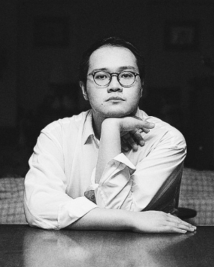 """Joel Tan  is a playwright, director, performer and essayist. A versatile artist, his work crosses genres, styles and theatre-making cultures, including poetry, contemporary drama, dance theatre, pantomime and musical theatre. He made his debut at the 2011 Man Singapore Theatre Festival, with W!ld Rice's production of Family Outing, directed by Glen Goei.  WORKSHOP SERIES: """"Reading the Stage"""" with The Necessary Stage's Those Who Can't, Teach!, Sing Lit Station & Drama Centre, 16, 17 and 21 Mar 2017, 7.30pm–9.30pm, $81.80"""