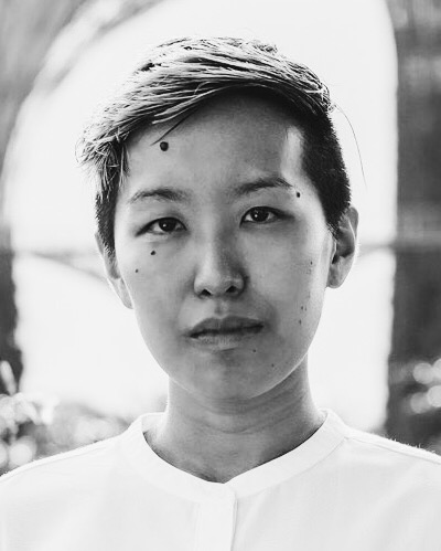 JY Yang  is the author of the Tensorate series of novellas from  Tor.Com  Publishing ( The Red Threads of Fortune ,  The Black Tides of Heaven ,  The Descent of Monsters  and  The Ascent to Godhood , available in 2019). Their work has been shortlisted for the Hugo, Nebula, Lambda Literary and World Fantasy Awards, while their short fiction has been published in over a dozen venues, including  Tor.com ,  Uncanny Magazine ,  Lightspeed ,  Clarkesworld , and  Strange Horizons .  JY is queer, non-binary, and lives in Singapore. Find them online at  http://jyyang.com , or on Twitter:  @halleluyang .
