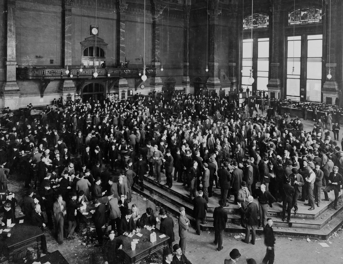 Chicago Board of Trade: People buying and selling form a market. Prices are key artifacts that market processes leave behind.