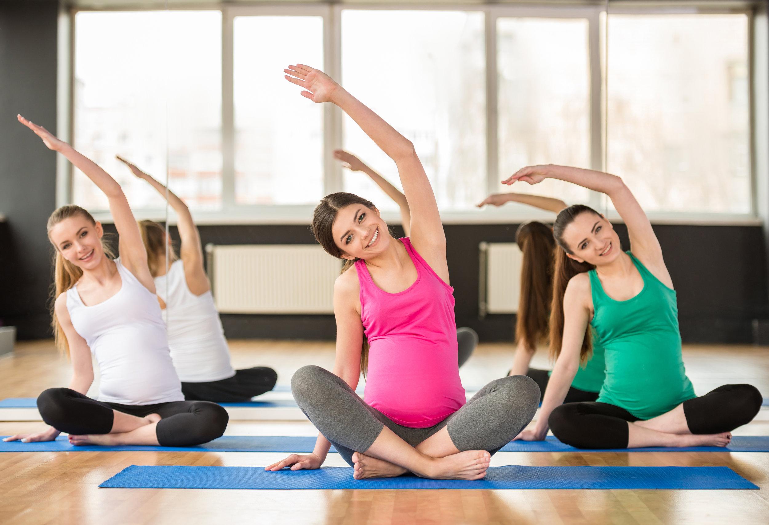 2017-prenatal-yoga-retreats.png